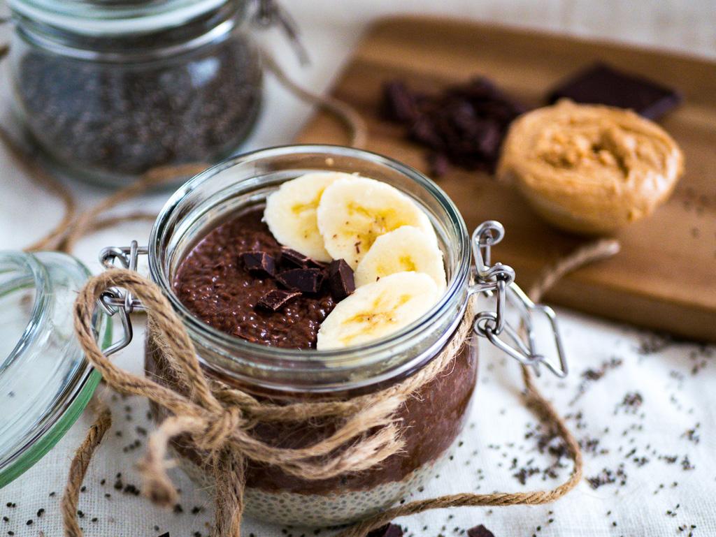 Schoko-Cashew Chia-Pudding