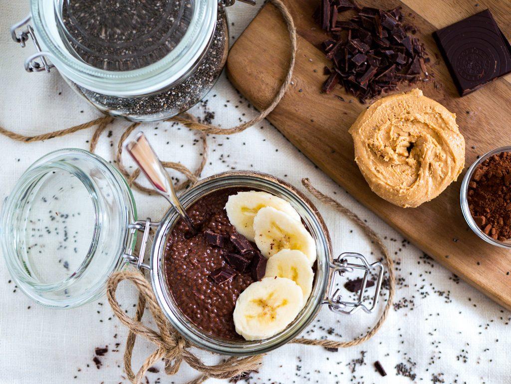 Kakaopulver und Cashewmus